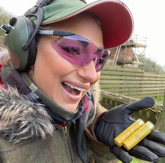 clay pigeon Shooting tuition in Sussex with professional CPSA & APSI coach Iain Stirling